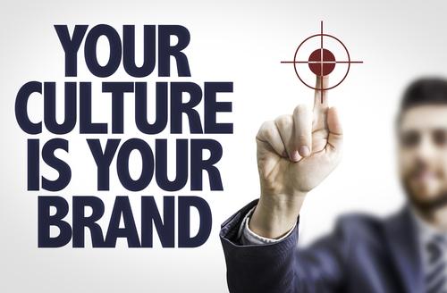 Comunicare i valori aziendali attraverso il logo aziendale